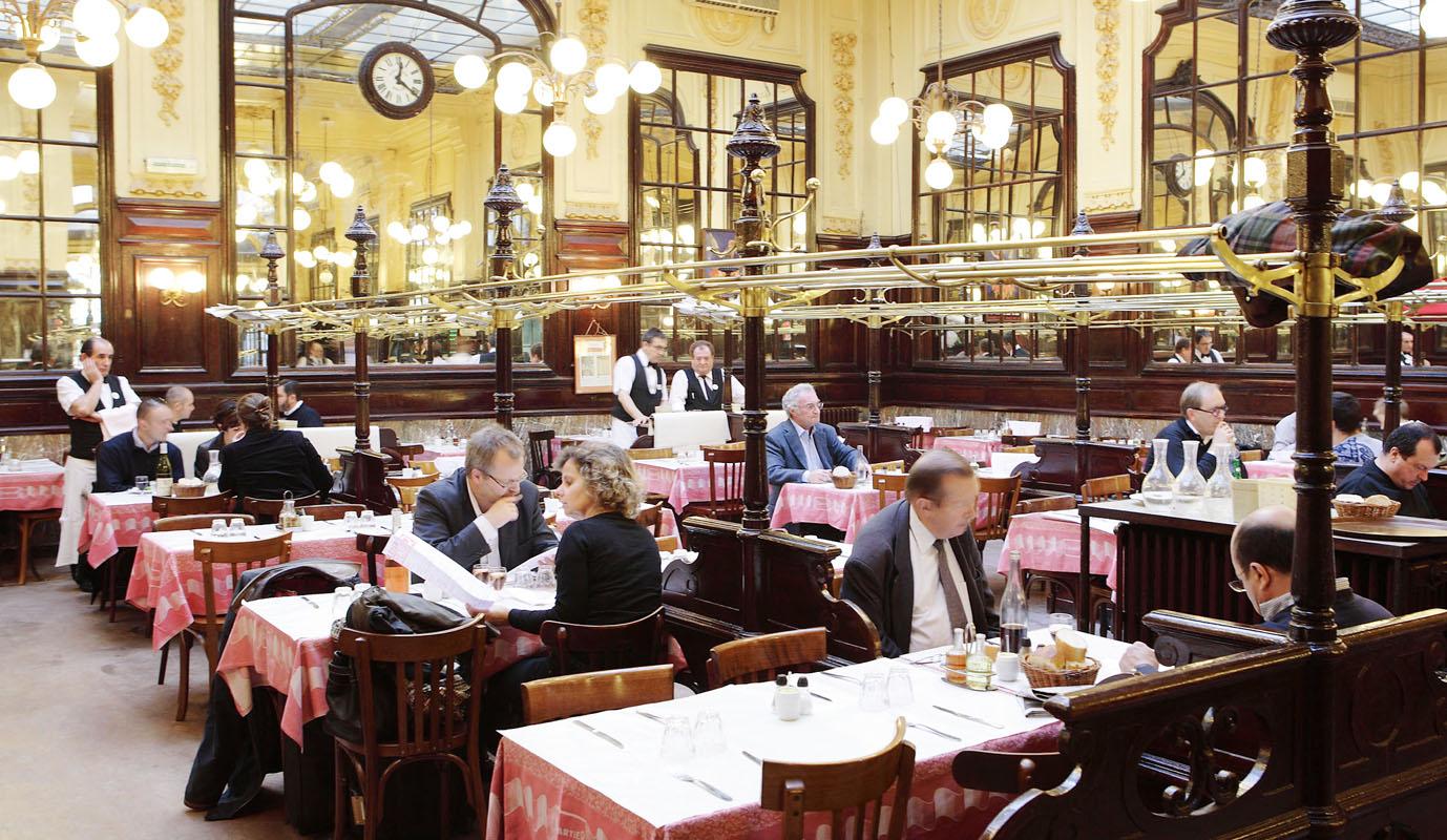 Bouillon Chartier, Un Restaurante De Lujo En París Para Comer Barato