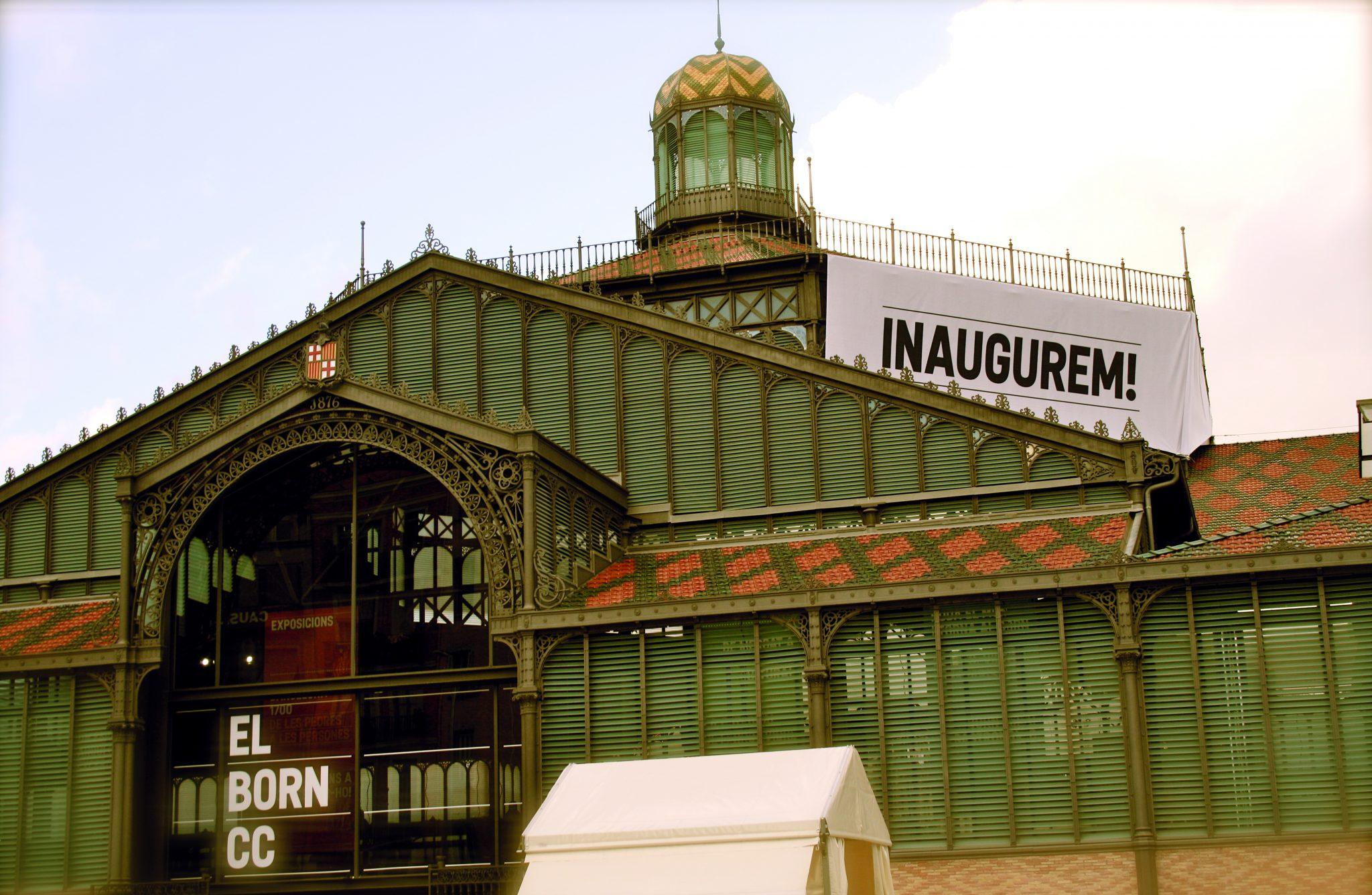¿Un Mercado Turístico O Para El Barrio? El Mercado Del Born